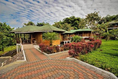. Hosteria Orkidea Lodge