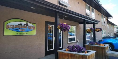 Mountain View Inn - Canmore, AB T1W 2X2