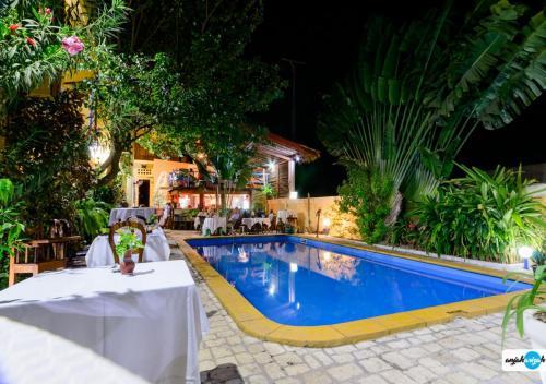 Фото отеля Hotel Restaurant Coco Lodge Majunga