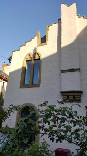 . Gotescht Haus