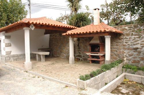 Casa Avó Alice - Photo 2 of 32