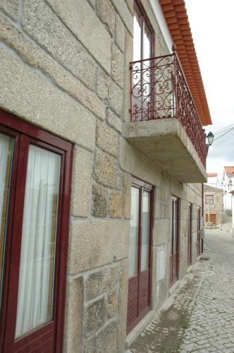 Casa Avó Alice - Photo 1 of 32