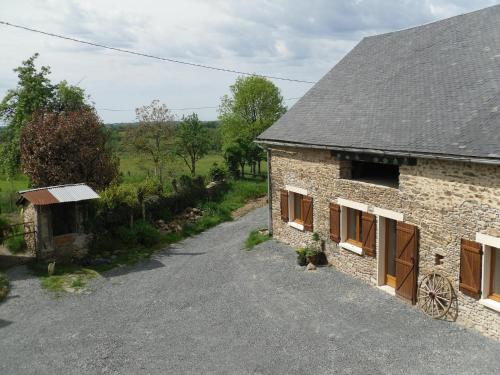 Accommodation in Saint-Pardoux-Corbier
