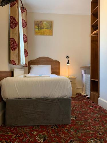 Twickenham Guest House picture 1 of 29