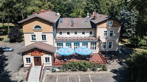 . Dworek Brodowo Restauracja Hotel Przyjęcia
