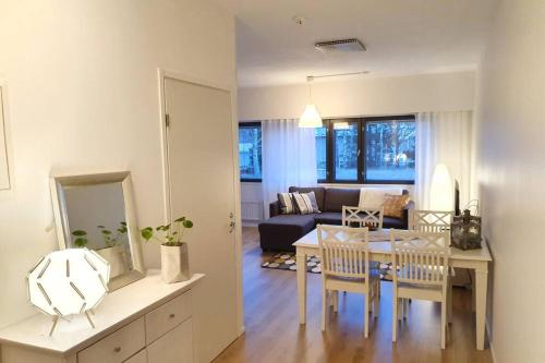 COZY APARTMENT NEAR THE CITY CENTRE! FREE PARKING