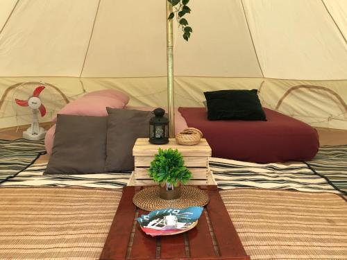 Glamping Kaki - Medium Bell Tent, Bedok
