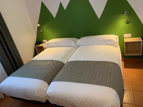 . Hotel Musher