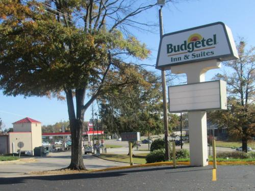 __{offers.Best_flights}__ Budgetel Inn & Suites