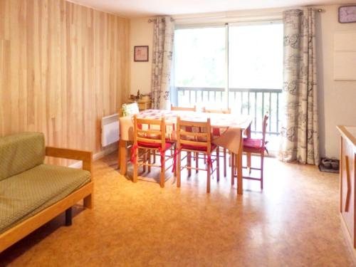 . Apartment with 2 bedrooms in Vignec with furnished terrace 750 m from the slopes
