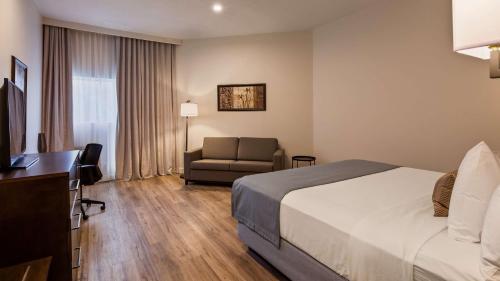 Hotel Le Prestige - Photo 5 of 47