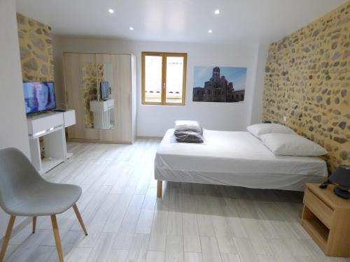 . House with 3 bedrooms in Brioude with wonderful city view and WiFi