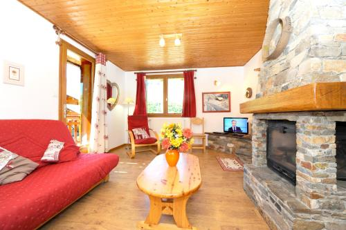 Apartment with 2 bedrooms in Les menuires with wonderful mountain view terrace and WiFi 600 m from the slopes Les Menuires