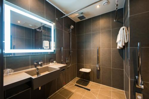 Photo - Novotel London Heathrow Airport T1 T2 and T3