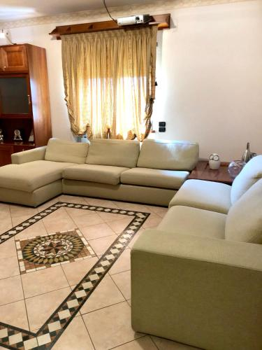. Apartment with 3 bedrooms in Cosenza with wonderful mountain view and balcony 20 km from the beach