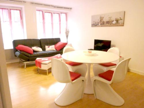 . Apartment with one bedroom in Erquy with WiFi 200 m from the beach