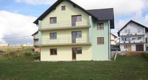 Apartments Marevic