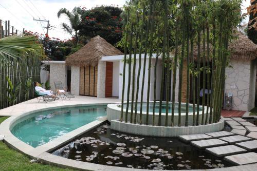. Casa Flores Hotel & Spa