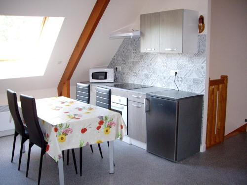 . Apartment with 2 bedrooms in La Baule with enclosed garden and WiFi