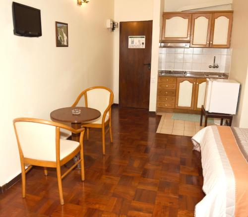 . Studio in Funchal with wonderful city view balcony and WiFi 5 km from the beach