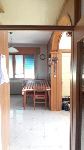 . Apartment with 2 bedrooms in Feltre with furnished balcony and WiFi 15 km from the slopes