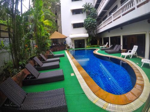 Happy Holidays Resort and Apartments Patong Beach Happy Holidays Resort and Apartments Patong Beach