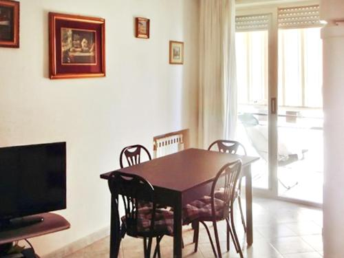 . Apartment with 3 bedrooms in Terracina with wonderful mountain view terrace and WiFi 500 m from the beach