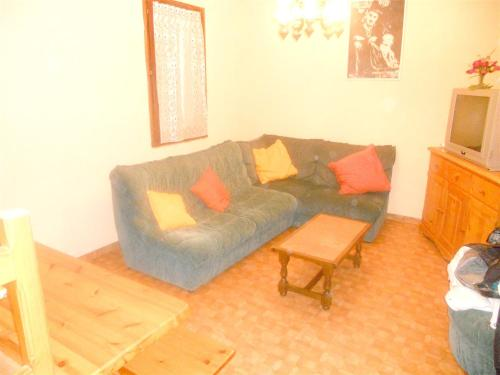 Appartement de 2 chambres a Fontrabiouse avec magnifique vue sur le lac et jardin clos - Apartment - Fontrabiouse