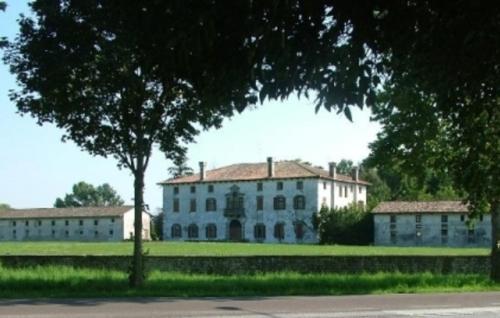 . Villa Mainardi Agriturismo