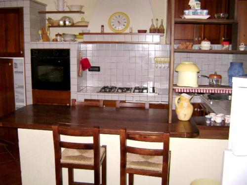 . Apartment with 3 bedrooms in Lorica with wonderful lake view and enclosed garden 4 km from the slopes