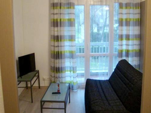 . Apartment with one bedroom in Chambery with furnished terrace and WiFi 30 km from the slopes