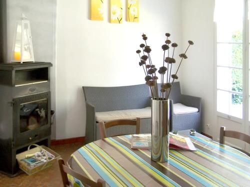 . House with 2 bedrooms in Saint Saud Lacoussiere with wonderful lake view shared pool enclosed garden