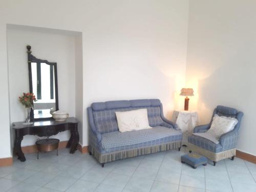 . Apartment with 2 bedrooms in Marsico Nuovo with wonderful mountain view and furnished terrace 6 km from the slopes