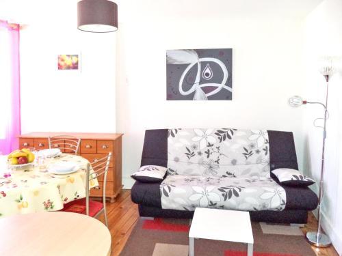 . Appartement de 2 chambres a Bagneres de Luchon a 200 m des pistes