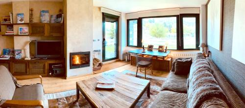 . Apartment with 3 bedrooms in Panticosa with wonderful mountain view shared pool enclosed garden 2 km from the slopes