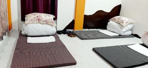 DAZZLE HOME STAY, Kohima
