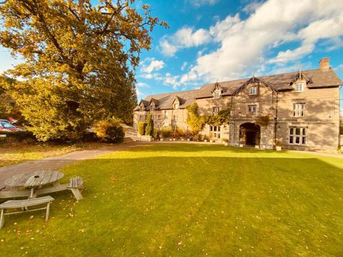 . Old Rectory Country Hotel