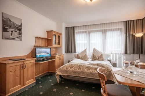 Apartment (65 m²)