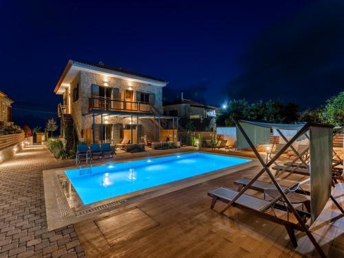 . Sophia's Beach House