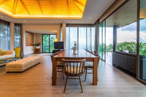 Villa Napalai 6 Bedroom Layan Seaview Villa (Butler Sevice, Breakfas Villa Napalai 6 Bedroom Layan Seaview Villa (Butler Sevice, Breakfast, Beach Shu