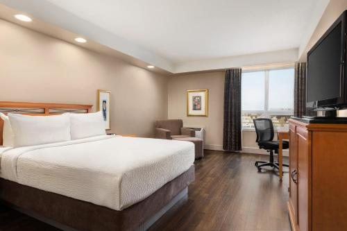 Royal Hotel Calgary Trademark Collection by Wyndham - Calgary, AB T2E 8T4