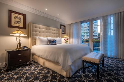 Beverly Hills Plaza Hotel & Spa - image 10