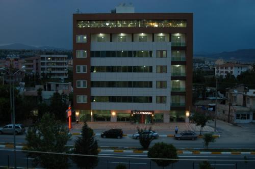 Adıyaman Arsames Hotel tek gece fiyat