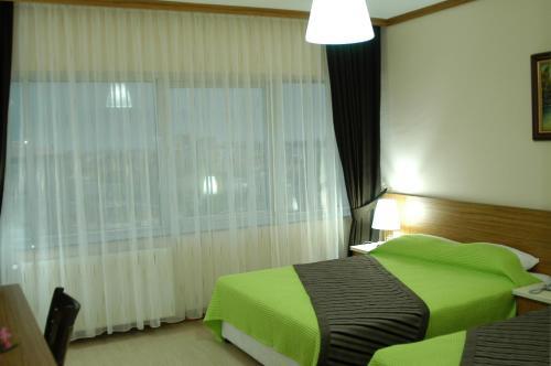 Фото отеля Arsames Hotel