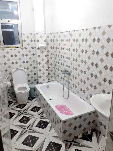 Rewina Guest House, Debubawi