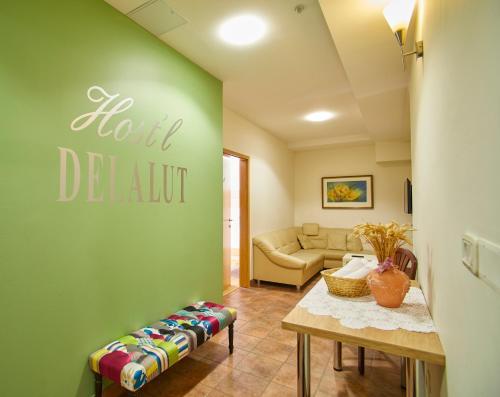 Hostel Delalut - Accommodation - Ravne na Koroškem