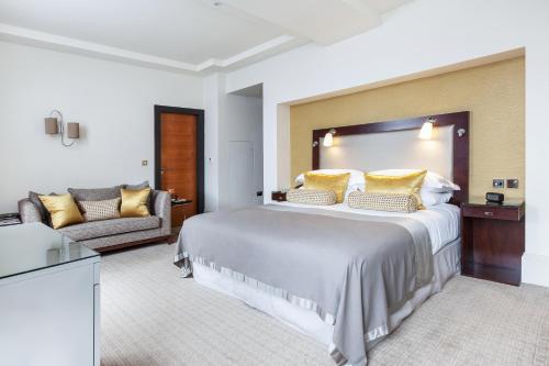 Taj 51 Buckingham Gate Suites and Residences - image 4