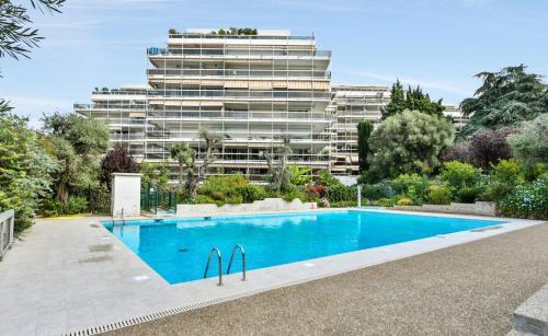Maeva Selection Résidence Le Tanit - Hôtel - Antibes