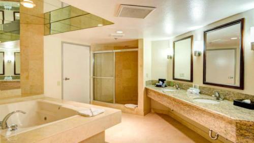 Holiday Inn Express San Diego - Rancho Bernardo - San Diego, CA CA 92127
