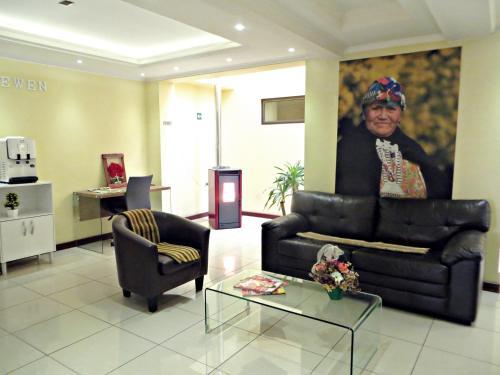 __{offers.Best_flights}__ Hotel Newen